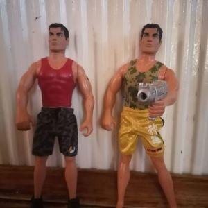Δύο κούκλες Axion Man 1996-97