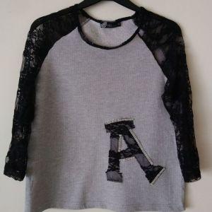 μπλουζάκι small/medium μεταχειρισμένο