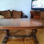 Τραπέζι σαλονιου