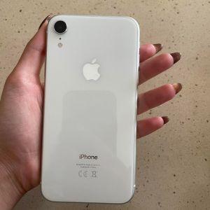 Apple iPhone XR (64GB) White