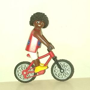 Playmobil φιγουρα με ποδηλατο