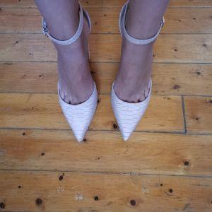 Παπούτσια Νο. 40
