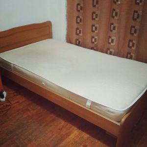 Κρεβάτι ημίδιπλο με στρώμα (120cm X 200cm)