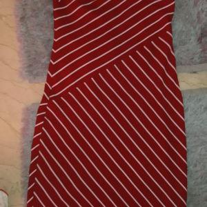 Φόρεμα midi Zara