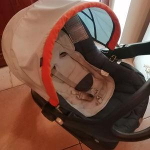 Κάθισμα παιδικό αυγό αυτοκινήτου