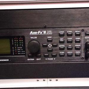 Πωλείται Fractal |Axe Fx II XL Σε Υπερ- Άριστη Κατάσταση στο Κουτί του με τα Χαρτιά Αγοράς