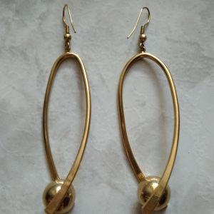 Σκουλαρίκια χρυσό χρώμα