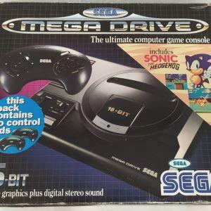 Sega Mega Drive ΣΤΟ ΚΟΥΤΙ ΤΟΥ, κομπλε, αριστη κατασταση, για συλλεκτη