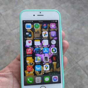 iPhone 6s64 GB