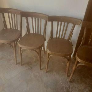 Παλαιες καρεκλες