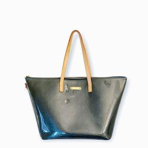 Bellevue patent leather handbag Louis Vuitton