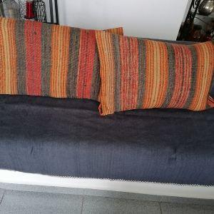 Υφαντά,ολομαλλα,παραδοσιακα μαξιλάρια!!(θηκες)