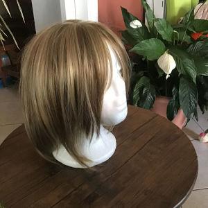 Περούκα αχρησιμοποίητη.