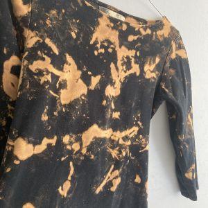 black tie dye μπλουζάκι ΖΑΡΑ