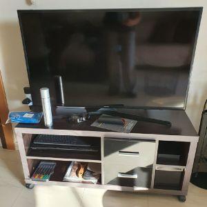 Επιπλο τηλεορασης