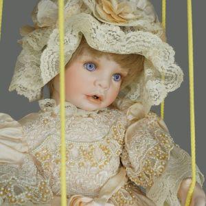 Εξαιρετικά σπάνια πορσελάνινη καλλιτεχνική κούκλα