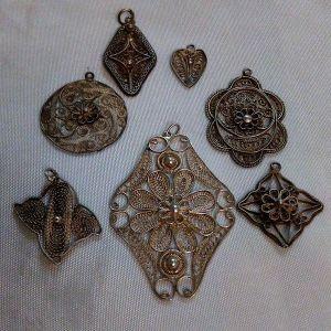 Ασημένια κοσμήματα χειροποίητα. Μενταγιόν filigree vintage