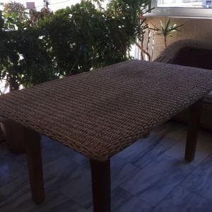 Τραπέζι μπαμπού μεγάλο