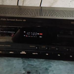 ΡαδιοενισχυτηςTEAC AG  V 4200 Dolby Surrounds. Stereo Receiver Home Theater. Audio video AV control. Center working.