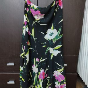 Φλοραλ φούστα