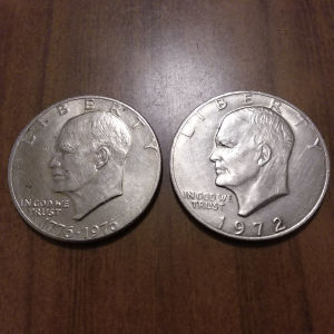 One DOLLAR 1972 & 1976. Δύο μαζί 5 ευρω.Αθηνα.Ανω Πατήσια