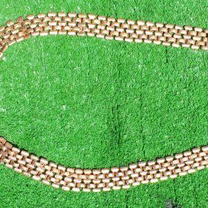 Γυναικείο κολιέ σε χρυσό χρώμα, αμερικάνικο, παλιό κομμάτι, με μαύρη πέτρα, , αφόρετο, έχει μήκος 50 εκατοστά.