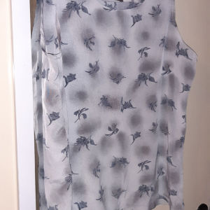 μπλουζακι/τοπ  ζερσευ  L/XL καινουργιο