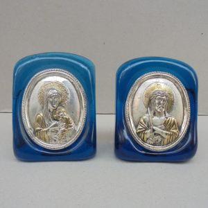 Ασημένιες εικόνες ζεύγος 950 βαθμών με επενδυση χρυσου, ελληνικής κατασκευής, ένθετες σε γυαλί.