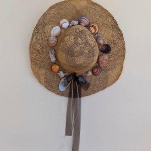 Ψάθινο καπέλο χειροποίητο με κοχύλια No 5