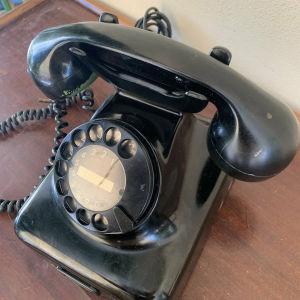 Τηλέφωνο εποχής 1960