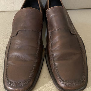extremely gorgeous extravagant elegant unique genuinely leather flat shoe by Gucci made in Italy size 42 in excellent condition