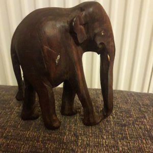 ελέφαντα κι ξυλινο