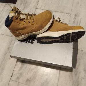 Nike ορειβατικο μποτακι αριστη κατασταση Ν 37
