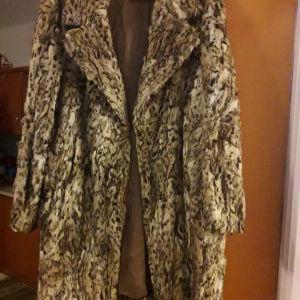 vintage γούνα λύκου 1.10μηκος 56*2πλατος