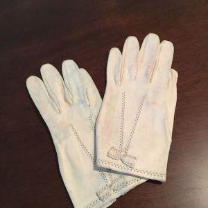 Δερμάτινα γάντια λευκά χειροποίητα