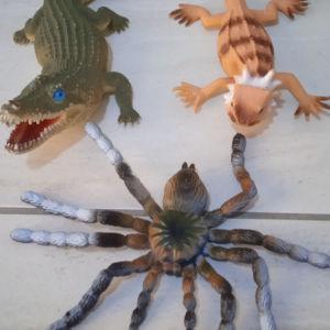 πλαστικά ζώα