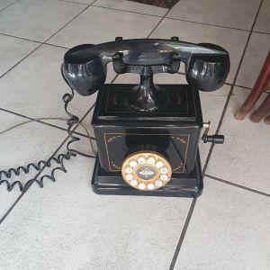 τηλέφωνο μεταγενεστερο με μανιβέλα