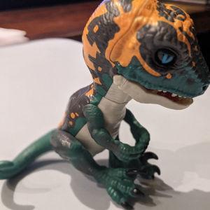 WowWee fingerling Untamed T-Rex