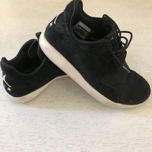 Ανδρικά παπούτσια JORDAN size 41