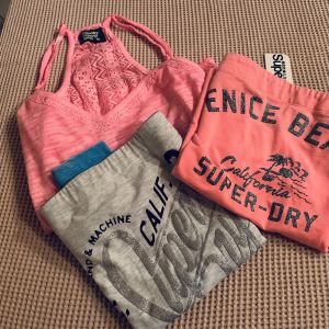 superdry T-shirts καινουρια