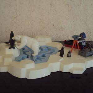 Playmobil.Εξερευνητης στους παγους.