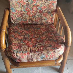 2 πολυθρόνες από μασιφ ξύλο