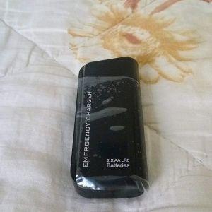 Φορητο PowerBank-Φακος Με Μπαταριες ΑΑ