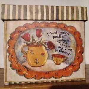 Κουτί διακοσμητικό από χαρτόνι