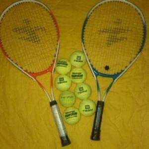 Ρακέτες τέννις και μπαλάκια