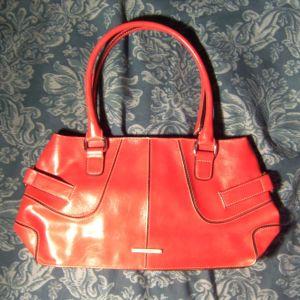 τσάντα κόκκινη