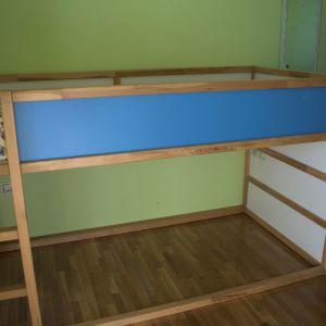 Παιδικό κρεβάτι IKEA KURA και μονό στρώμα.