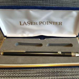 Laser pointer (90s)