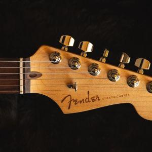 Κιθάρα FENDER