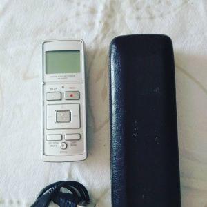 OLYMPUS VN 5500pc digital voice recorder